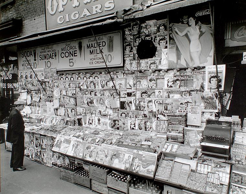 Newsstand, 32nd St and Third Ave, Manhattan